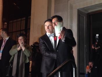 Евреям-ЛГБТ нужно нечто большее, чем просто свадебные церемонии