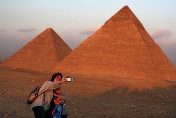 Туристы заплатили за отдых в несуществующем египетском отеле и поселились в руинах