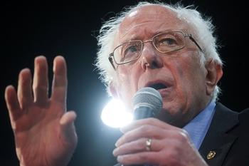 Неадекватный антисемит Берни Сандерс полюбимся избирателям-мусульманам в США