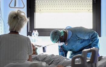Тревожные данные по коронавирусу в Бней-Браке; полиция выставила КПП