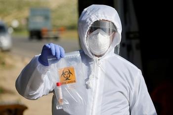 Маски стали обязательными для населения в период эпидемии
