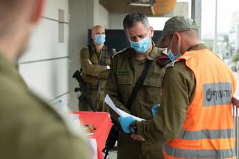 Минздрав потребовал блокировать до 10 городов Израиля