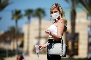 Правительство ужесточит меры по борьбе с коронавирусом