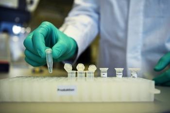Ученые предсказали резкий рост числа тяжелых больных в Израиле
