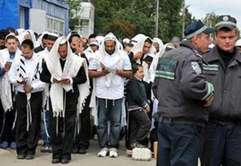 Украина отказала Израилю: хасидов призвали вернуться домой