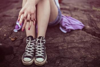 Мама 12-летней школьницы пошла под суд за домогательства к ее подружке