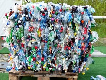 Средства от сбора пластиковых бутылок уйдут к израильской мафии