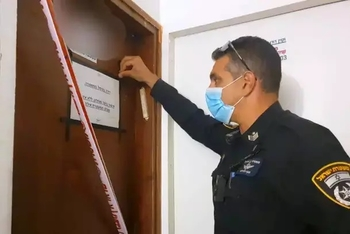 Ришон ле-Цион: адвокат «ушел в подполье» с деньгами обманутых пенсионеров