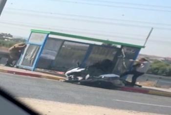 Арабы отобрали автомат у солдата ЦАХАЛ на автобусной остановке