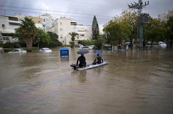 Синоптики пообещали новые наводнения и град в Израиле в середине недели