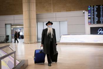 Ортодоксы отказались одеть маски на борту рейса, летевшего в Израиль