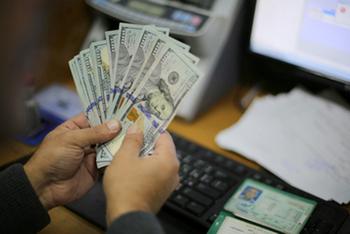 В Израиле снизилась средняя зарплата