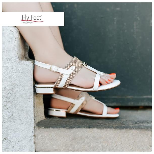 Fly Foot: босоножки за 149 шек. вместо 299